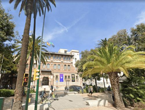 Universidad de Malaga con Ecopilas